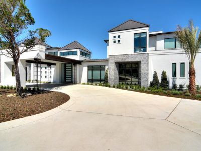 Contemporary at Winding Lane